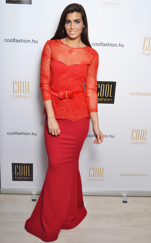 eefbf77859 Piros/bordó csipkés peplum sellő maxi ruha - Cool Fashion