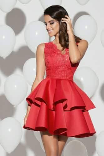 2 fodros csipkés piros loknis ruha - Cool Fashion e6fa873985