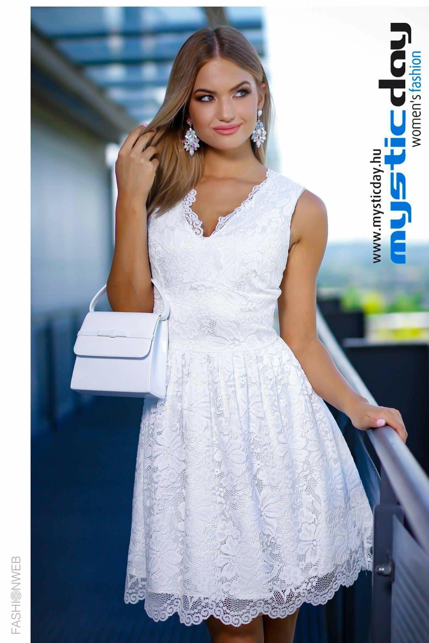 07c1a9793b Fehér csipkés loknis ruha - Cool Fashion