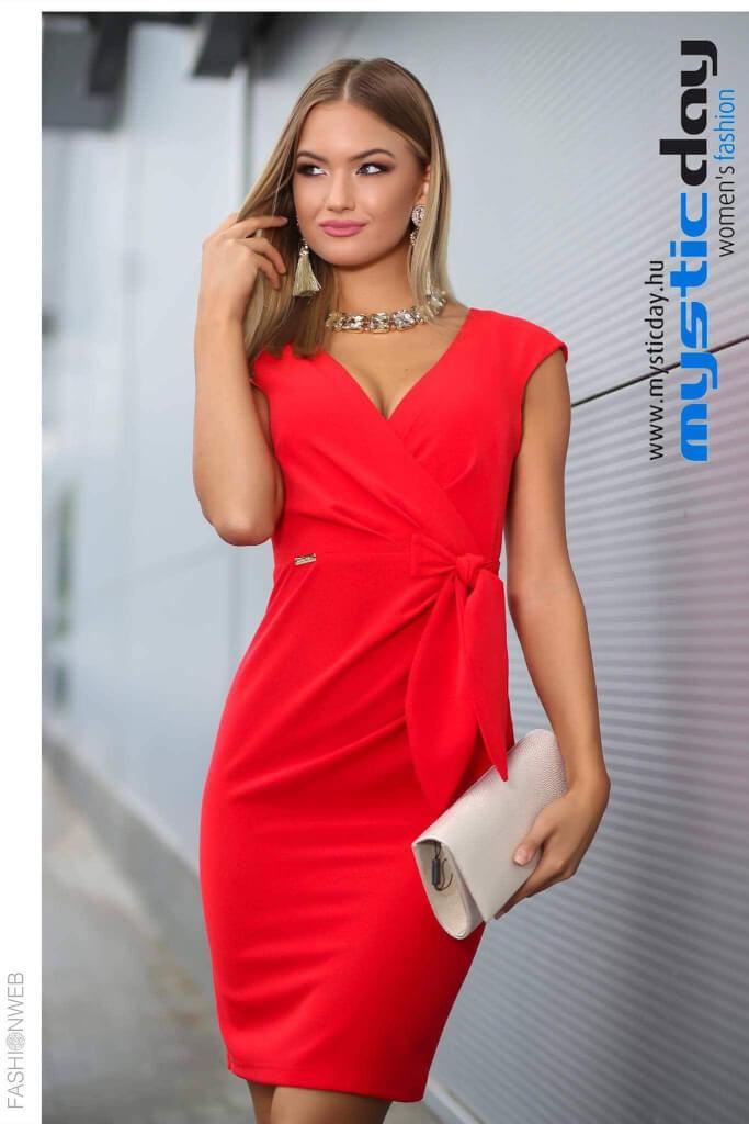 41d20c347c Betty piros kreppa ruha - Cool Fashion