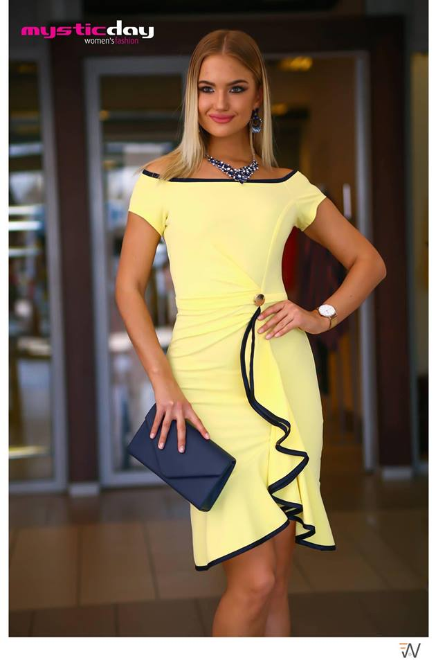 4929aabb8a Fortuna sárga fodros ruha - Cool Fashion