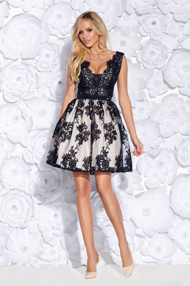Csipkés hímzett fekete loknis ruha - Cool Fashion e440d15384