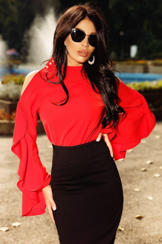 bef87a523f Piros tölcsér ujjú blúz - Cool Fashion