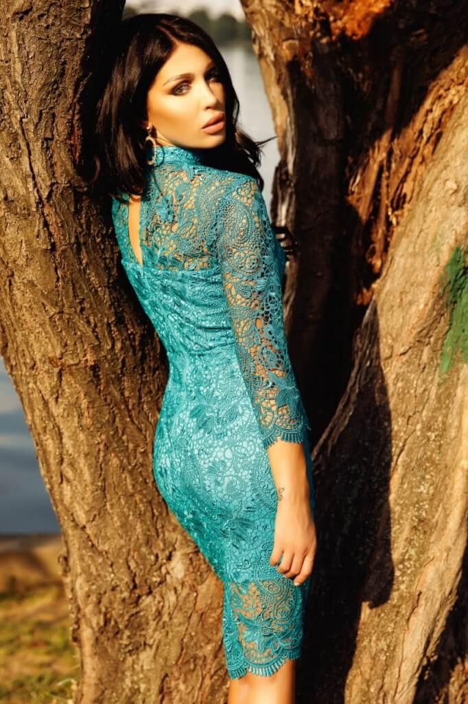 Horgolt garbós koktél ruha - Cool Fashion e943188f5f