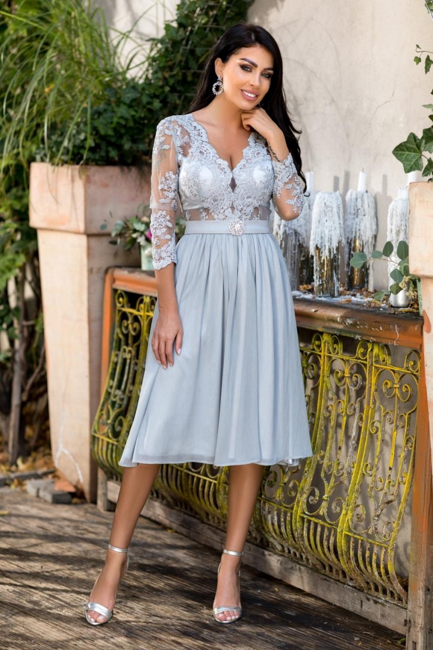 Ezüst csipkés midi loknis ruha - Cool Fashion 019c47bed9