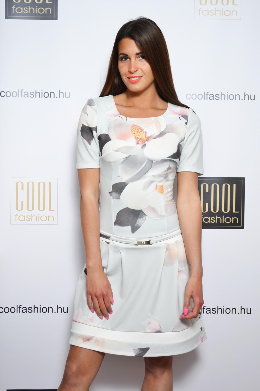 0d4c9301ea Borcsa fehér virágos zsebes ruha - Cool Fashion
