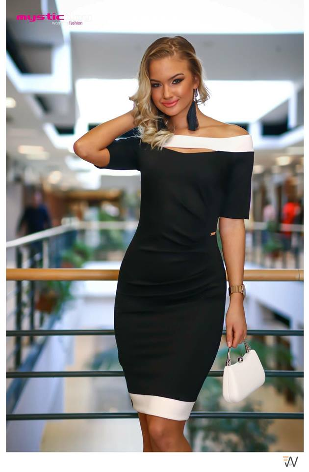 Era fekete-fehér csónak ruha - Cool Fashion 9dab6c52db