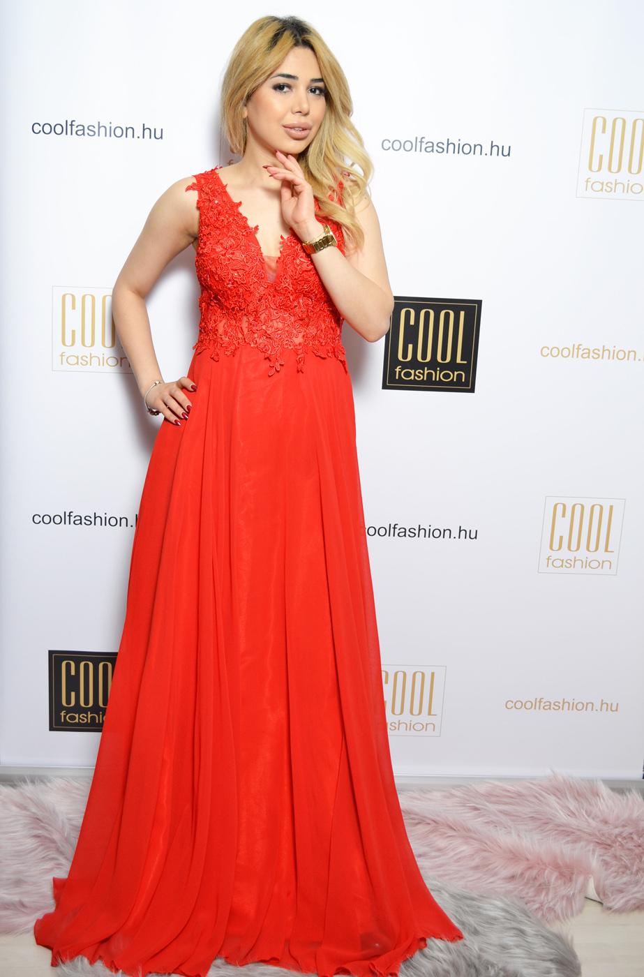 961aef6016 Csipkés gyöngyös piros muszlin maxi ruha - Cool Fashion