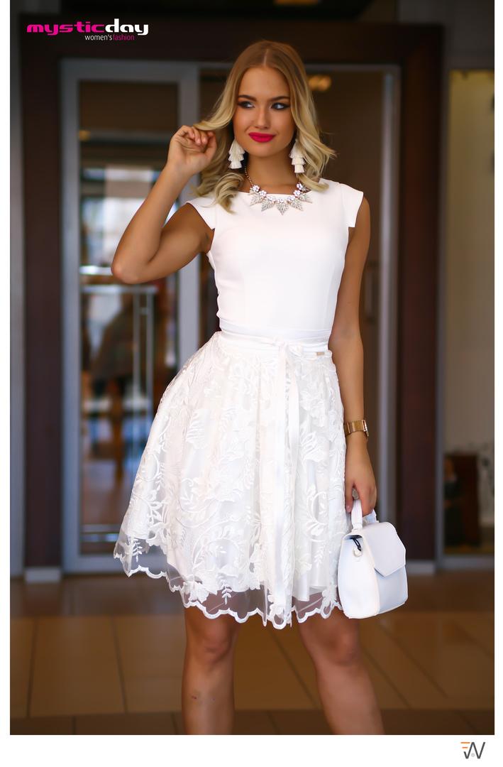 b0efab3fdd Necc csipkés fehér loknis ruha - Cool Fashion