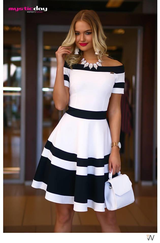 5bf6c2000f Ejtett vállú fehér-fekete loknis ruha - Cool Fashion