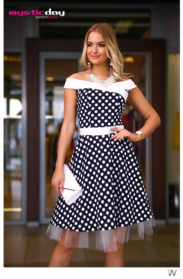 21236e957f Médi kék-fehér pöttyös loknis tüll ruha - Cool Fashion