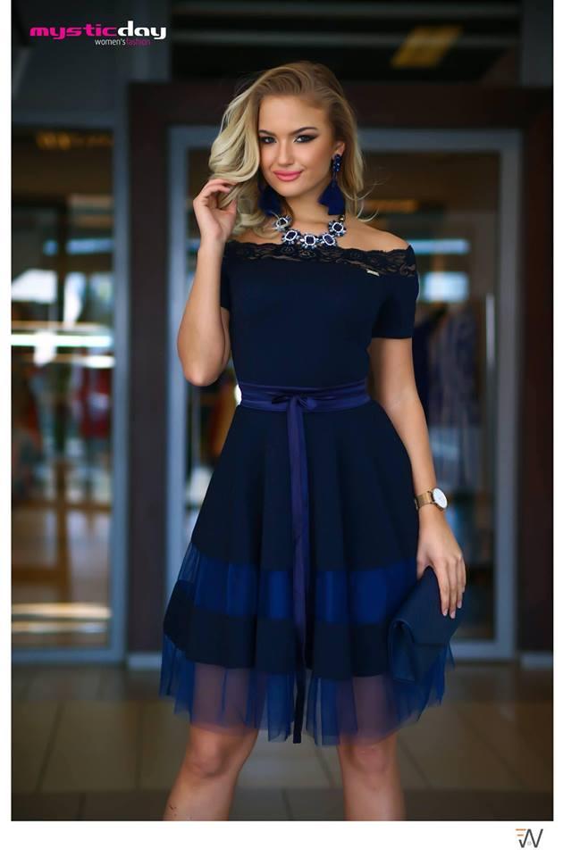 f149e12fec Sötétkék rövidujjú csipkés vállú tüll loknis ruha - Cool Fashion