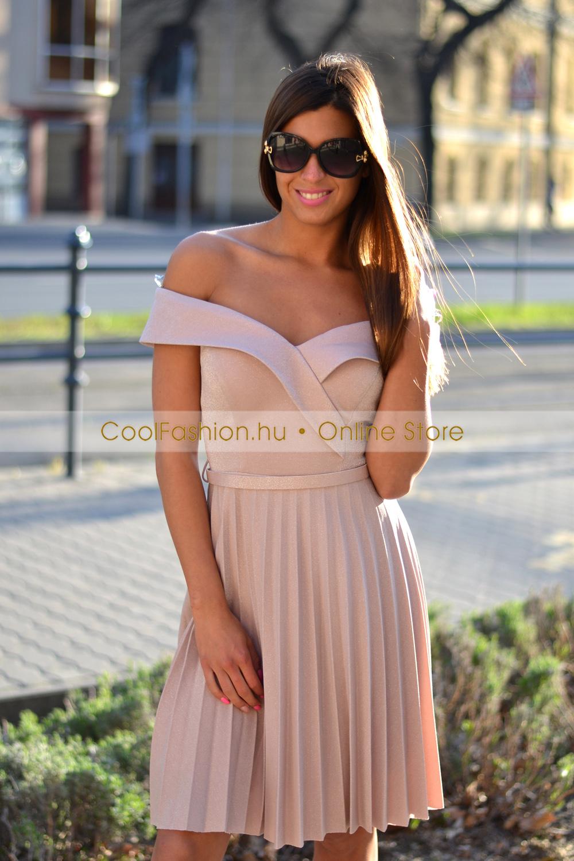 0febf445a6 FV ejtett vállú loknis pliszírozott ruha - Cool Fashion