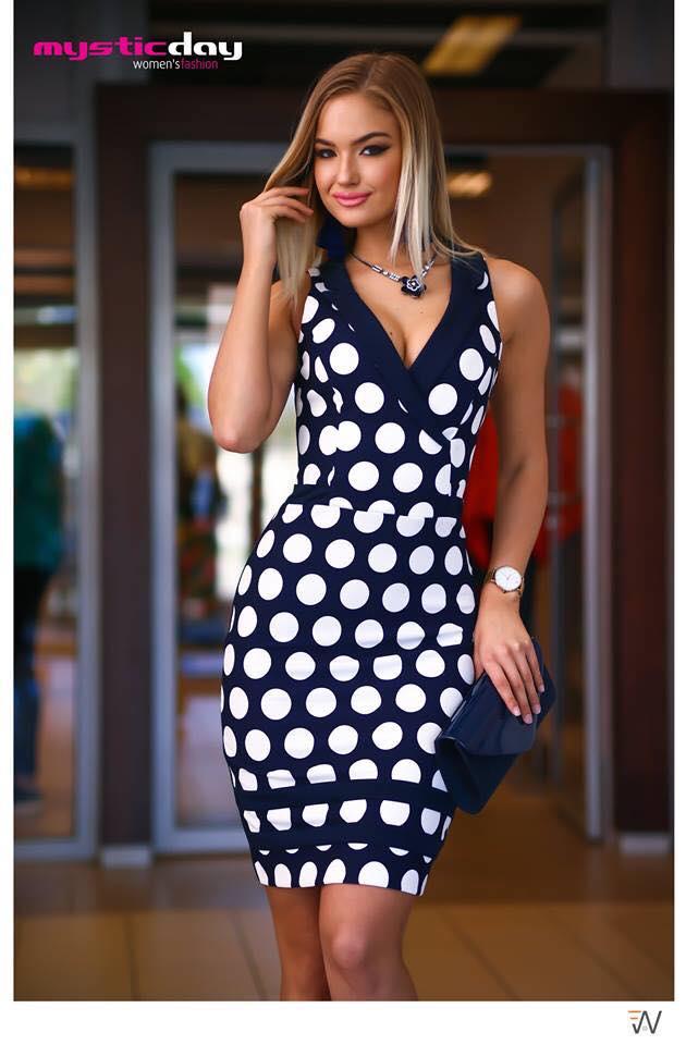 cadd5f67aa Lotte pöttyös galléros ruha - Cool Fashion