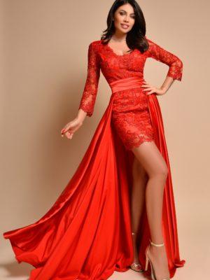 Piros csipkés uszályos ruha